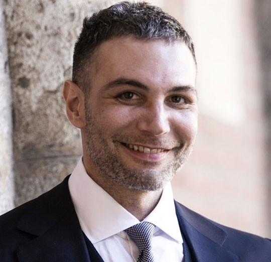 Dottore Andrea Menozzi Chirurgo Plastico